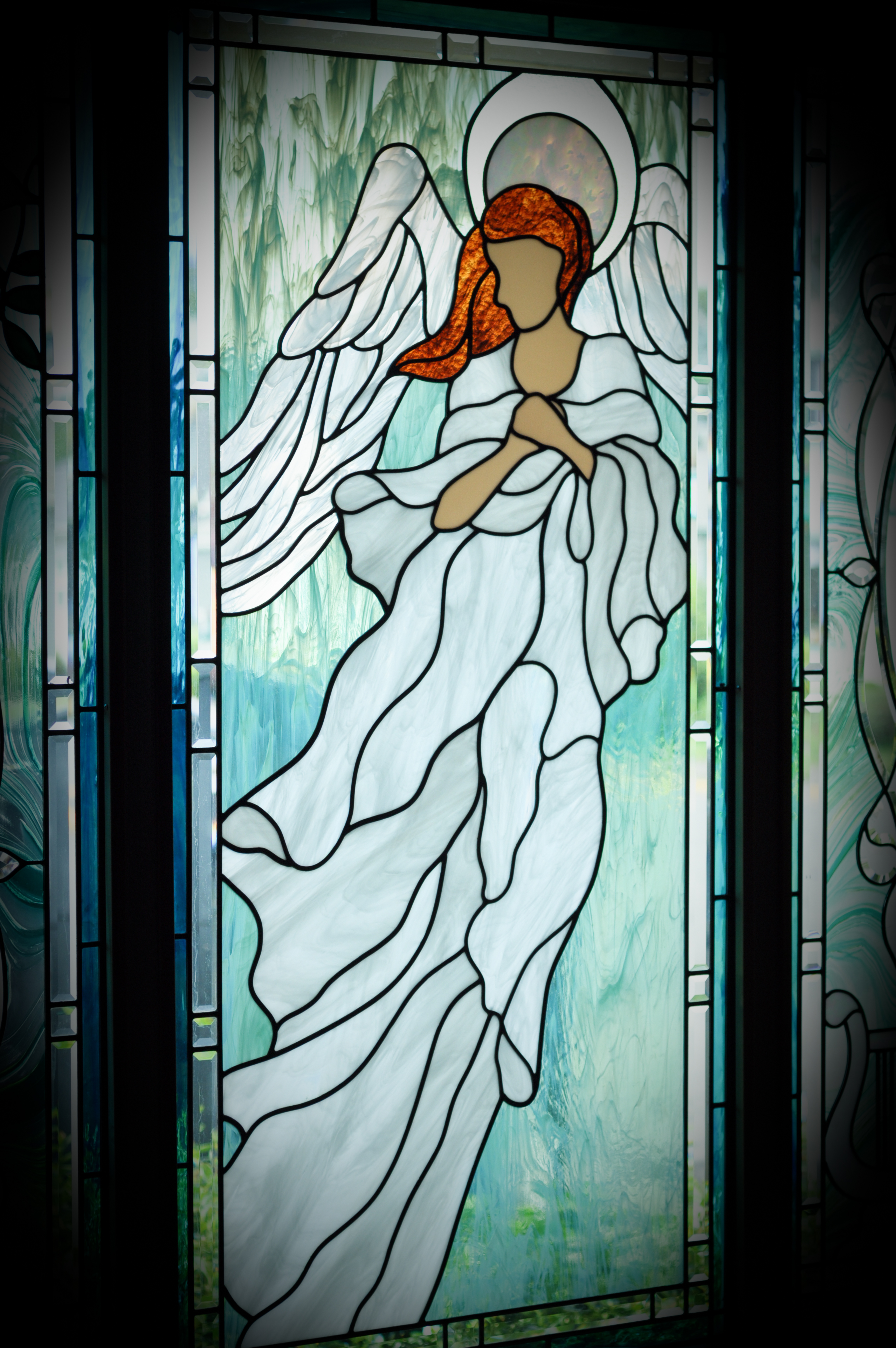 images/stories/HeaderImages/Frame1/Angel_Window.jpg